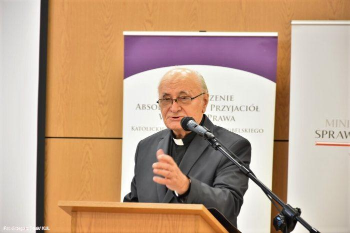 Ks. prof. dr hab. Józef Krukowski, Przewodniczący Komisji Prawniczej PAN Oddział w Lublinie